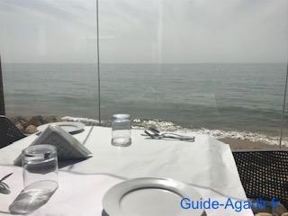Le restaurant Le Petit Pêcheur d'Immi Ouaddar aux alentours d'Agadir offre une vue imprenable sur la mer
